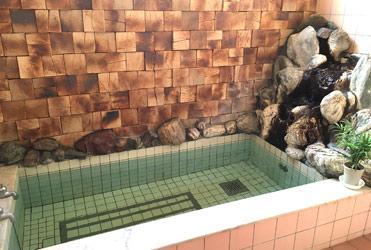 大謙館 バイブラ 鉱泉 風呂2