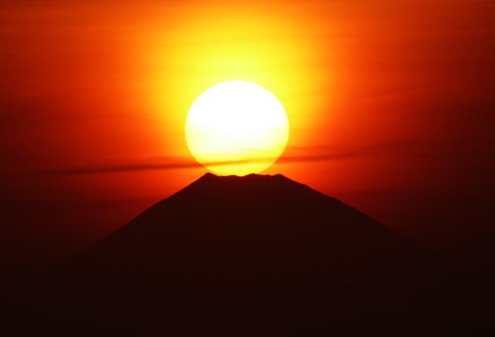 岩井海岸のダイヤモンド富士