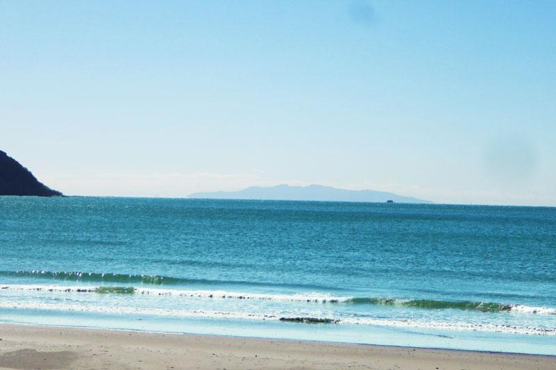 岩井海岸の伊豆大島の画像