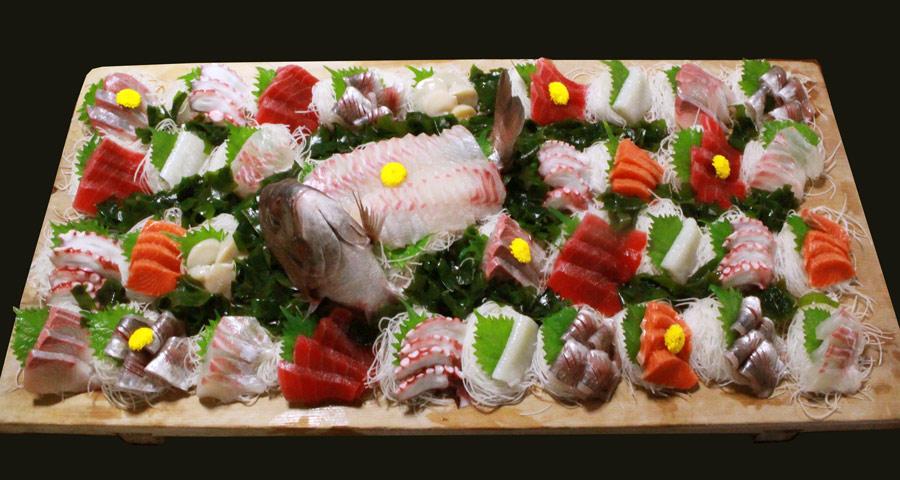 特別料理の刺身盛り合わせの画像